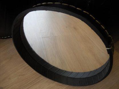 miroir en pneu recyclé