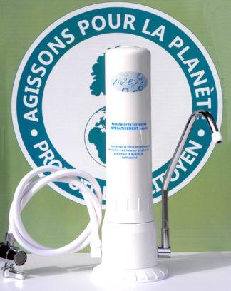 filtre à eau sur évier