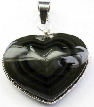 obsidienne en pendantif
